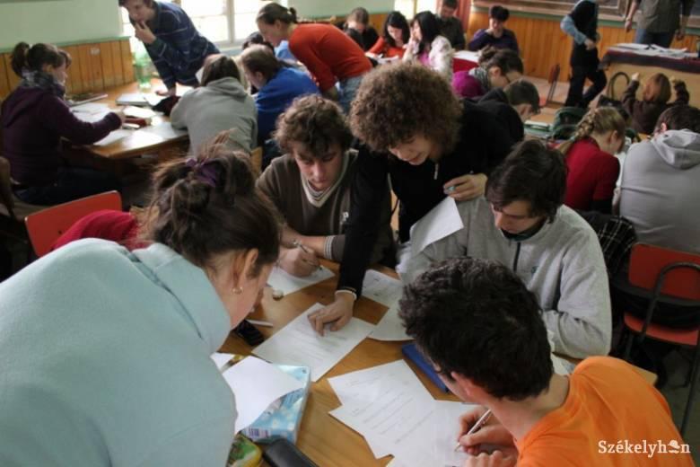 Ifjú Tehetségek Akadémiája Székelyudvarhelyen