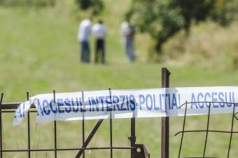 Családi tragédia: meggyilkolta két gyermekét egy nő Máramarosban