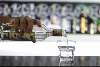 Alkoholizmus és társfüggőség: a családot beszippantó tölcsér