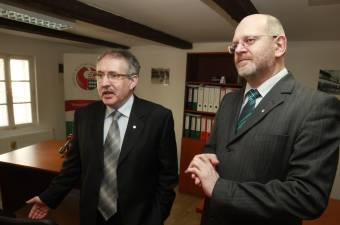 Toró T. Tibor szerint békeüzenetként fogható fel az RMDSZ döntése