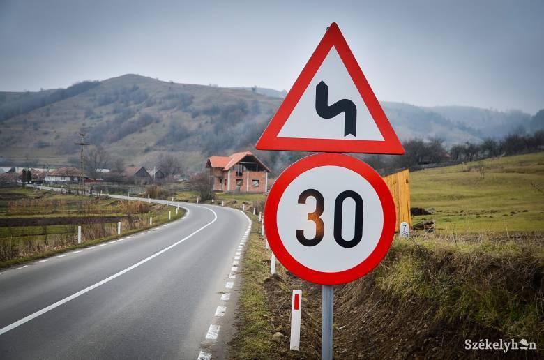 Harminc kilométer/órás sebességkorlátozást vezetne be lakott területeken az Európai Parlament