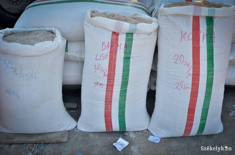 A városi zöldségpiacra mehetnek a gabonaárusok