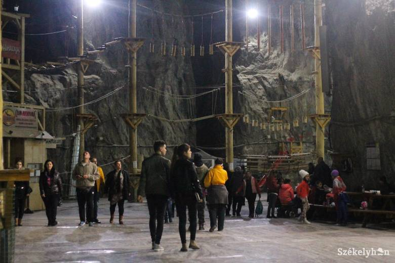 Nőtt a parajdi sóbánya látogatóinak száma: idén már több mint félmillióan fordultak meg ott