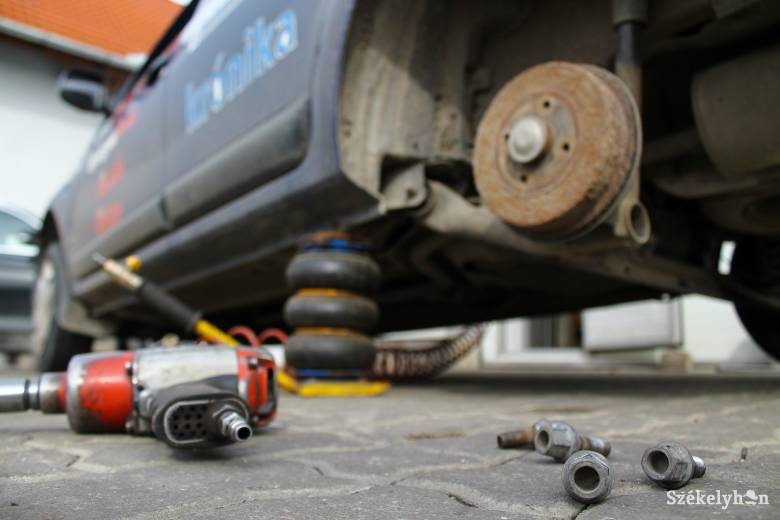 Rengeteg gépjárműjavító műhely működését függesztették fel