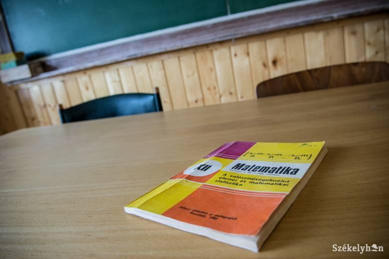 Magyar nyelvű matektanárok jelentkezését várják, hogy elindulhasson a magyar nyelvű tévéiskola