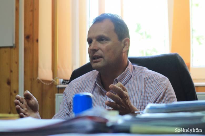 Felfüggesztették tisztségéből Szentegyháza polgármesterét