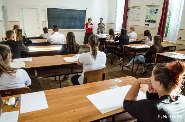 Aki tanult, az biztosan átmegy: közepes nehézségű tételsort kaptak a vizsgázók az érettségi román írásbelijén