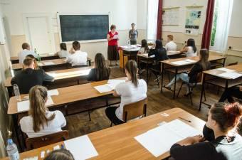 Elkezdődött az érettségi: egy hónapon át zajlanak a vizsgák
