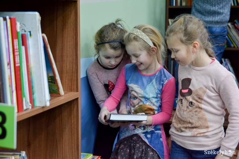 Családoknak hirdetett versenyt az udvarhelyi könyvtár