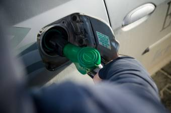 Egyre feljebb kúsznak az üzemanyagárak