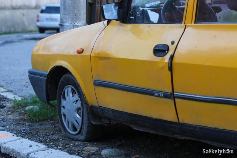 Helyi roncsprogramban adna pénzt Sepsiszentgyörgy önkormányzata a tíz évesnél régebbi autókért