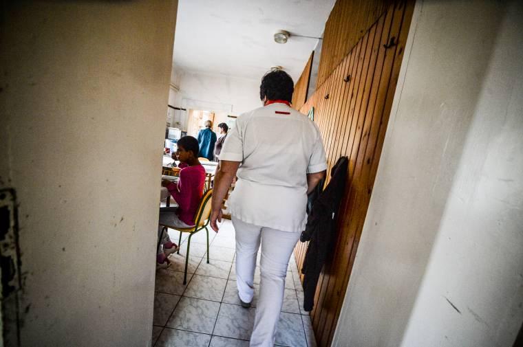 Oltásigazolási kötelezettséget vezetnének be a szociális otthonokban dolgozók esetében