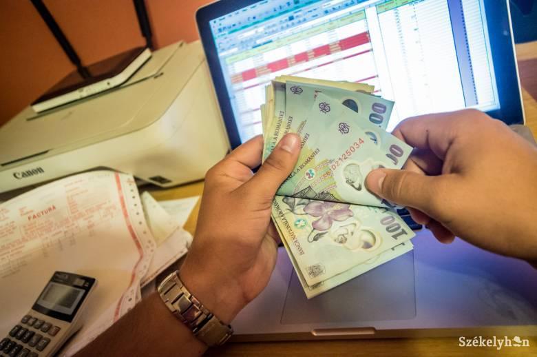 A járványügyi intézkedéseket is segítik a személyi jövedelemadóból visszaosztott összegekkel