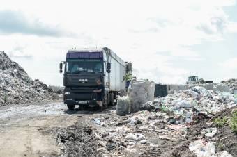 Törvénytelen vagy sem, hogy máshonnan is fogad szemetet a Cekend-tetői hulladéktározó? – kiderítenék