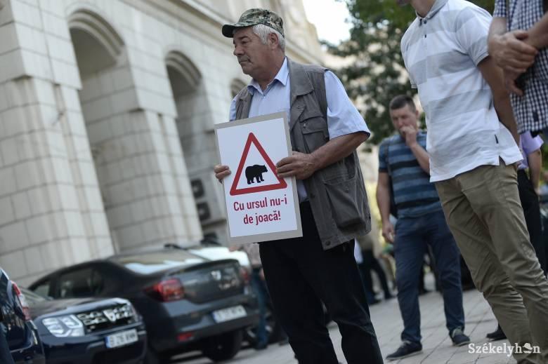 Békés tüntetésre készülnek a nagyvadak miatt