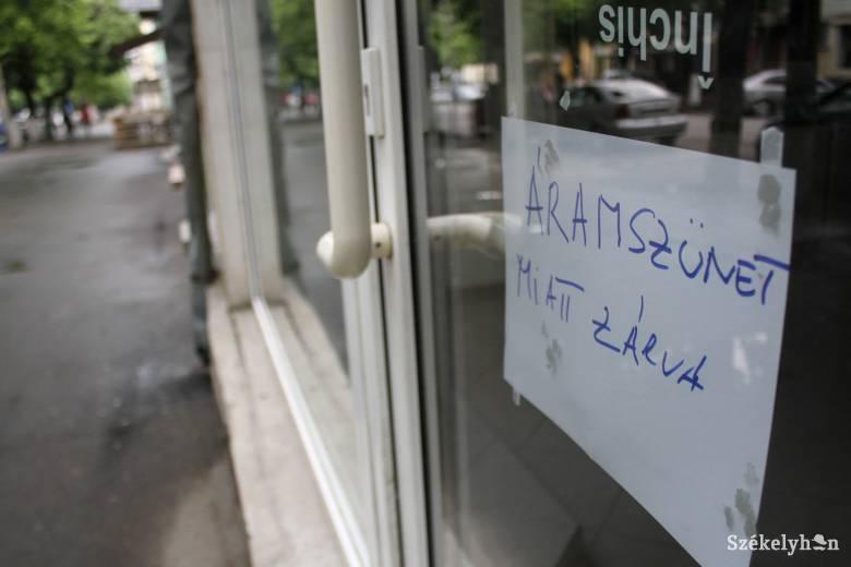 Veszteségek egy-két ezer lejtől a több ezer euróig – sorozatos áramkimaradásokra panaszkodnak Udvarhelyszéken
