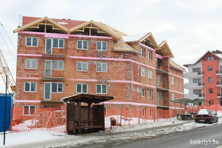 Nagy az igény a szociális lakásokra, ezért újabbakat építenének