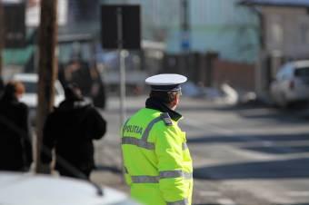 Ittas, jogosítvány nélküli sofőr próbált elmenekülni a rendőrök elől Lövétén