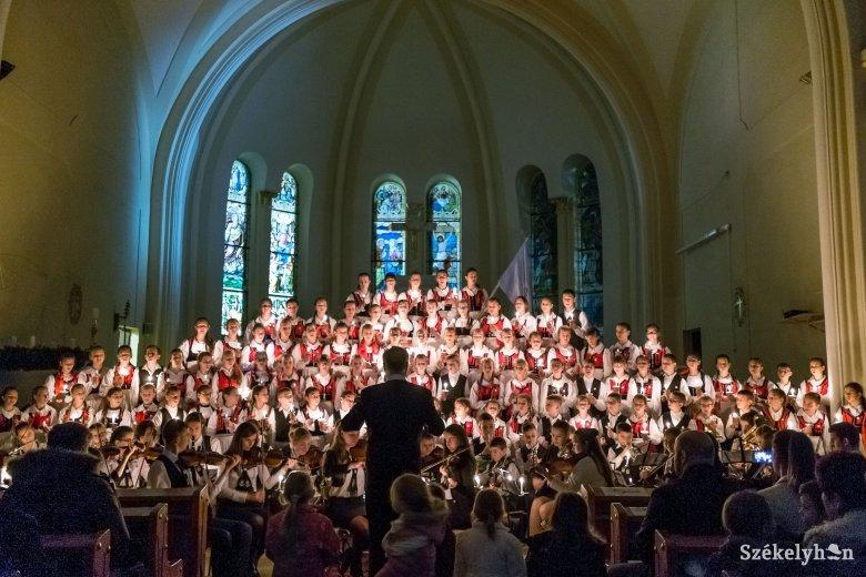 Fili-koncert Gyergyószentmiklóson