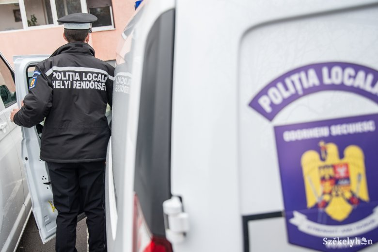 Kutyákat akart mérgezni, elkapták a helyi rendőrök