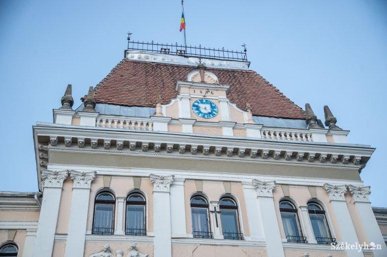 A menesztett igazgató javára döntött a bíróság Gálfi Árpáddal szemben