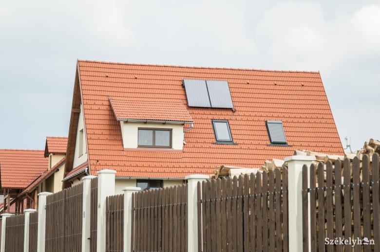 Időt nyertek azok, akik napelemes villamosításra kívánnak pályázni