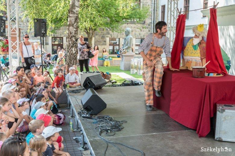 Ismét örömujjongástól lehet hangos a gyermeknap: bábszínházzal, koncertekkel, interaktív programokkal várják a kicsiket