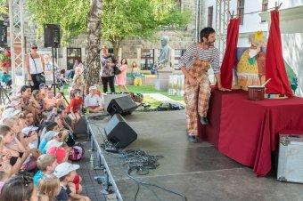 Bábfesztivál a mindenkiben lakozó gyermeknek – Háromnapos utcaszínházi rendezvénysorozatot szervez a Puck Bábszínház a hétvégén