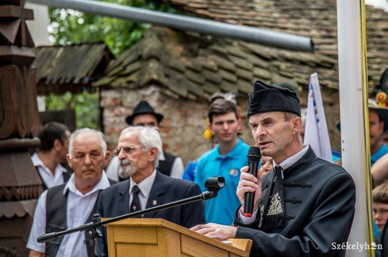 Elhunyt Kelemen Levente, oklándi unitárius lelkész