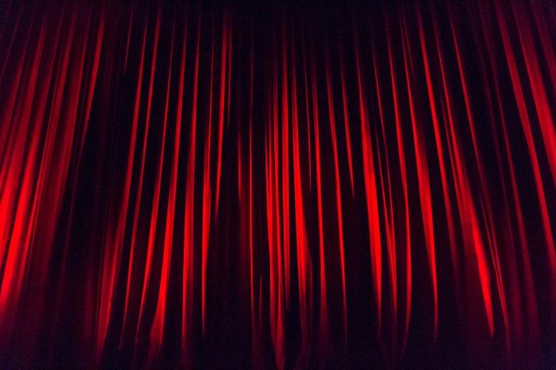 Váradi, udvarhelyi és vásárhelyi összefogással hirdetik meg a dráMÁzat drámaíró versenyt
