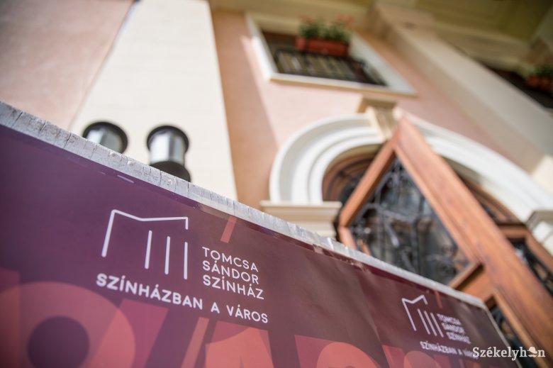 Az évad első két bemutatójára készül a Tomcsa Sándor Színház