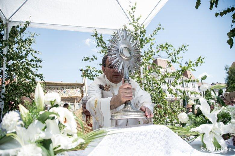Úrnapja zárja a tavaszi ünnepkört