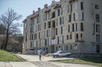 Egy kis kényszerszünet után folytatódhat a diákszálló felújítása