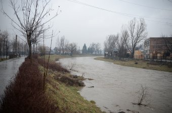 Elsőfokú árvízriasztás a Küküllők és a Maros vízgyűjtő medencéire is