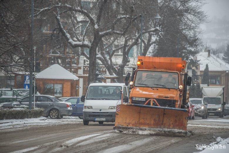 Hóeltakarítás Székelyudvarhelyen: egyik utca fontosabb, mint a másik