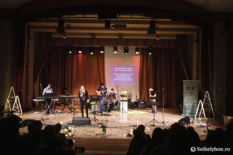 Hatalmas érdeklődés mellett zajlott az adventi keresztyén zenei fesztivál székelyudvarhelyi kiadása