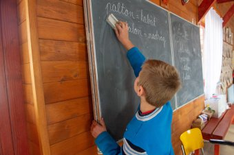 Tanítási szünet lesz az óvodásoknak és iskolásoknak október 5-én, az oktatás nemzetközi napján