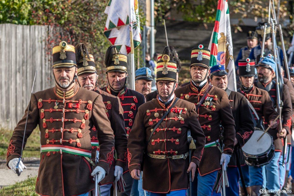 https://media.szekelyhon.ro/pictures/udvarhely/aktualis/2019/03_oktober/o_oszihadjarat-szentegyhaza-pnt-6.jpg