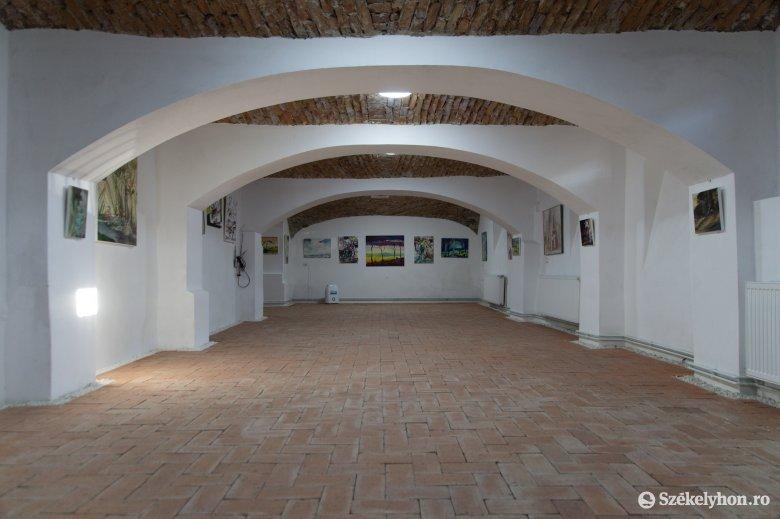 Jogi bonyodalmak a Magyar Unitárius Egyház Vallásszabadság Háza bukaresti fiókjának létrehozása körül