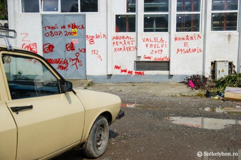 Gyűlöletkeltő falfirkák Székelyudvarhelyen
