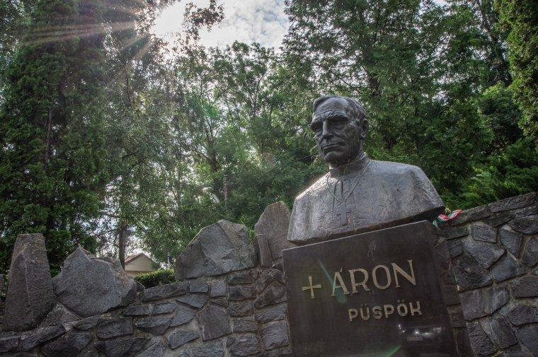 Jubileumi ráhangolódás Márton Áron püspök boldoggá avatásáért