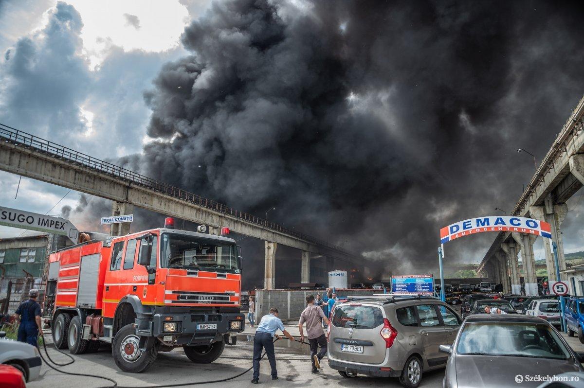 https://media.szekelyhon.ro/pictures/udvarhely/aktualis/2019/07_junius/o_tuz-demaco-ba-7.jpg