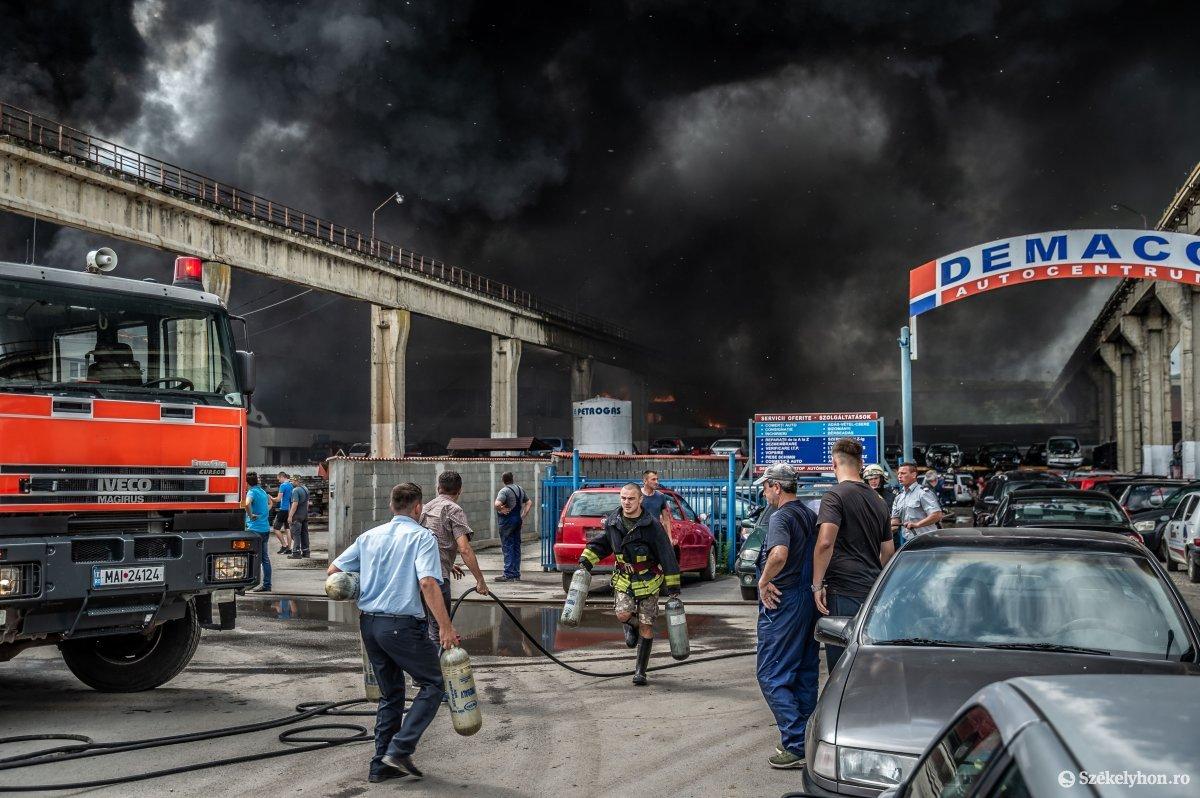 https://media.szekelyhon.ro/pictures/udvarhely/aktualis/2019/07_junius/o_tuz-demaco-ba-9.jpg