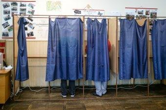 A szavazásra jogosultak több mint 22 százaléka voksolt a referendumon 15 óráig