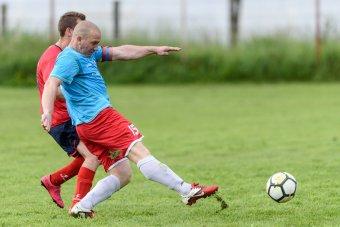 Alig pislákol az amatőr fociélet: csupán az ország felében rendeznek megyei bajnokságokat
