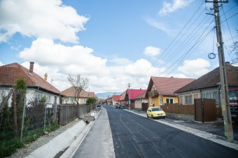 Tizenkét utcát aszfaltoznak le Szentegyházán