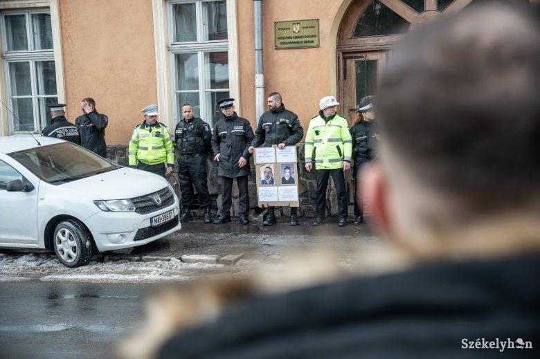 Újabb feljelentésbe torkollt az elmérgesedett rendőrverési ügy
