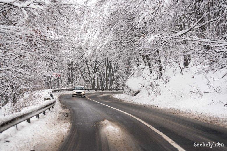 Hullott némi hó Hargita megyében