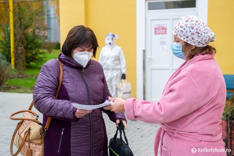 """""""Lejtmenetben"""" a napi fertőzésszám, a súlyos betegek és a halálozások száma is csökkent az elmúlt 24 órában"""