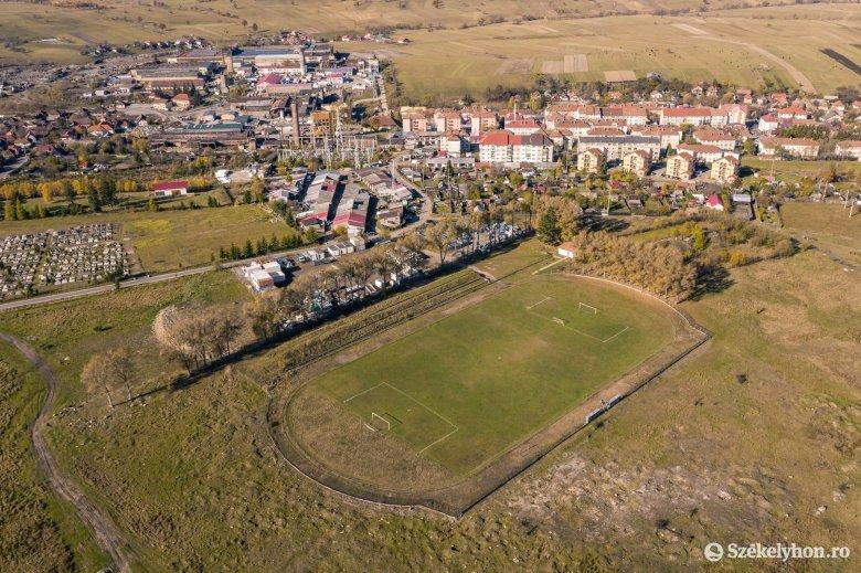 Sokakat érintő vita a jobb időket is megélt szentegyházi focipálya körül
